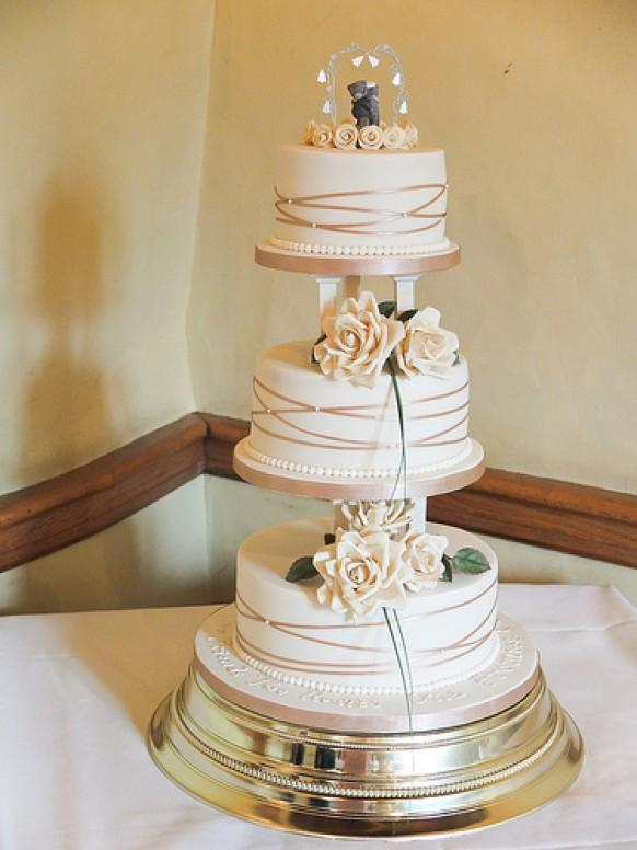 Ivory Wedding Gold Amp Ivory Cake With Pillars 1987956