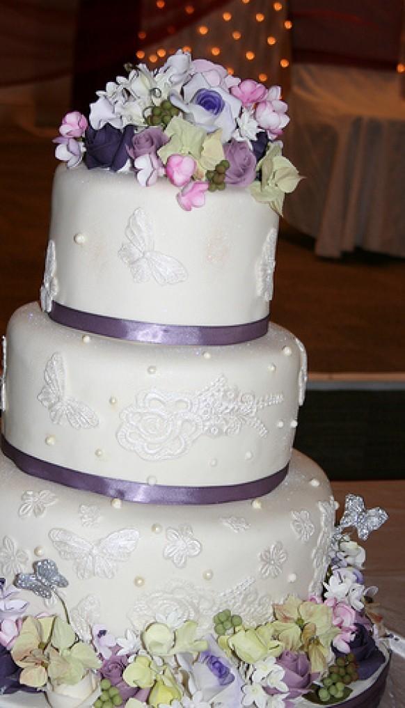 Purple Wedding Three Tier Cream And Purple Wedding Cake