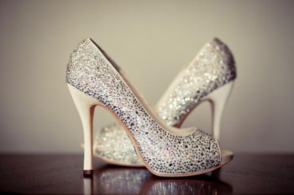 Silver sparkly wedding shoes glitter bridal shoes 796552 silver sparkly wedding shoes glitter bridal shoes 796552 weddbook junglespirit Choice Image